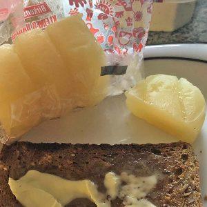 Der Handkäs mit Brot